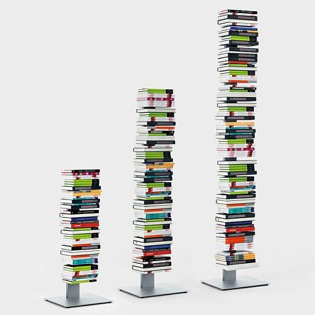 Bücherturm Stahl