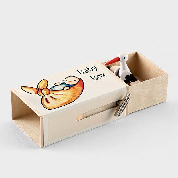 Babybox mit Musikwerk