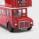 Londoner Doppeldeckerbus Routemaster RM5