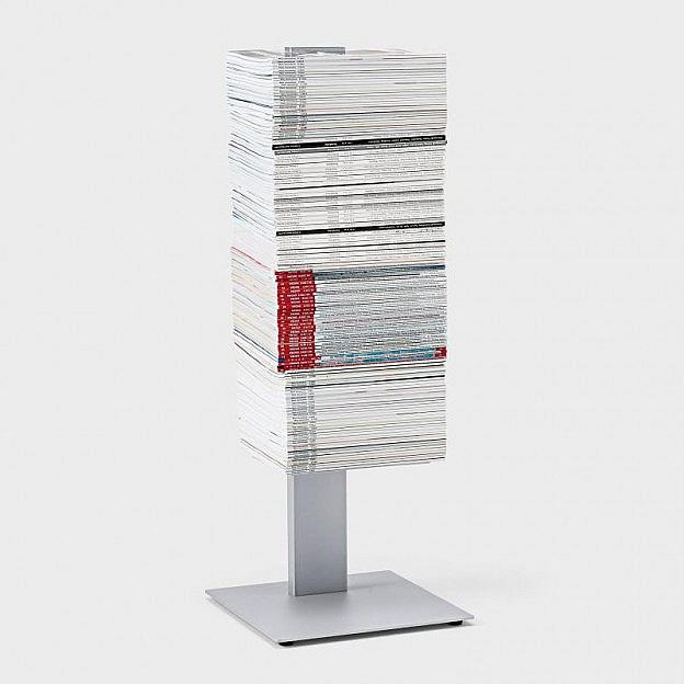 Zeitschriftenturm Stahl