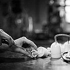 Pendelleuchte Classic Porzellan, weiß/schwarz-weiß