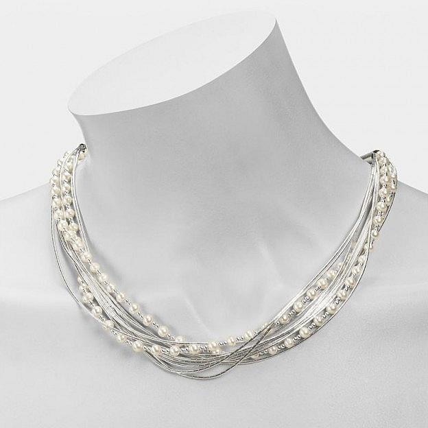 Halskette aus flüssigem Silber, Silberkugeln und Perlen